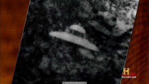 AA_S02E01_109