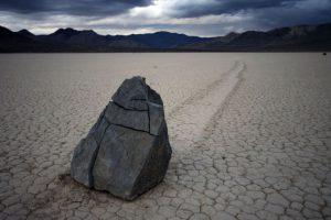 big_sailing_stones_07