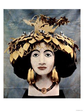 sumerian-headdress-worn-by-queen-shub-ad-discovered-in-ur-by-mr-c-leonard-woolley