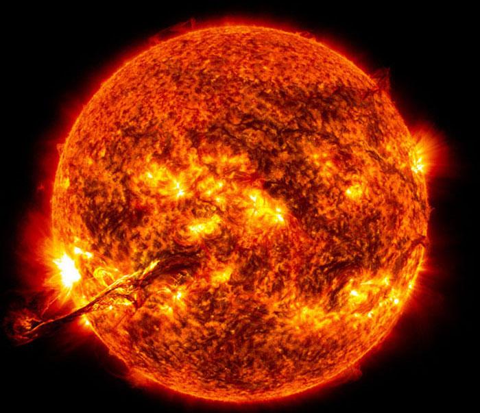 انفجارهای خورشیدی