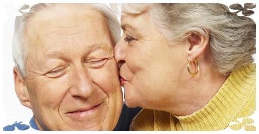 به همسرتان محبت کنید تا خیانت نکند