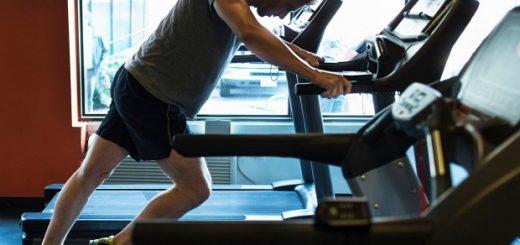 ورزش قبل از صبحانه، به مصرف کمتر کالری کمک میکند