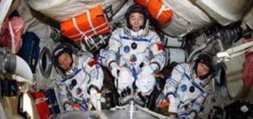 آدم فضایی ها «در» سفینه چینی ها را زدند!