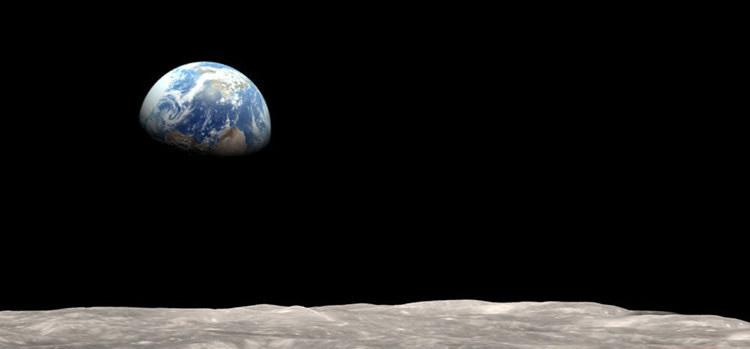 مرگ در فضا