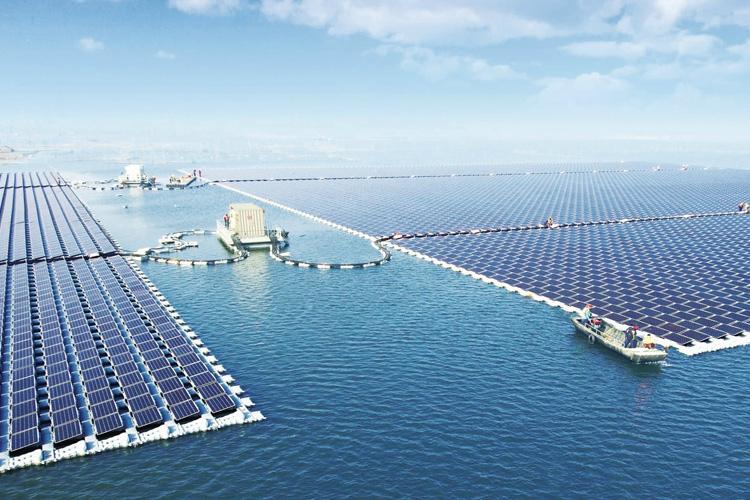 نیروگاه خورشیدی شناور