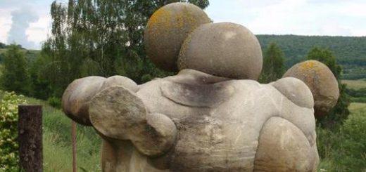 سنگهای که رشد میکنند