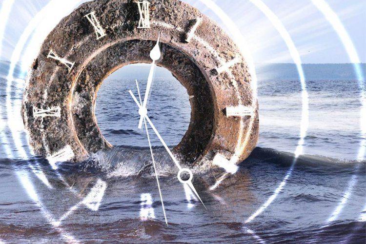 آیا سفر در زمان ممکن است