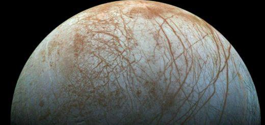 آب مایع در منظومه شمسی