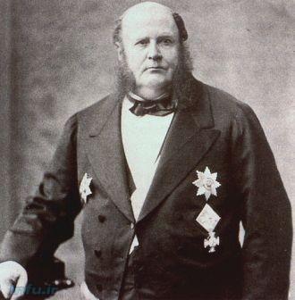 مایر آمشال بائر برگ, که بعدها نام خانوادگی خود را به راتچایلد تغییر داد