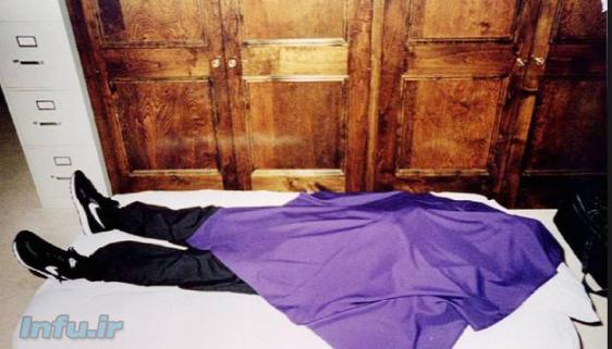 خودکشی گروهی اعضای فرقه دروازه آسمان در لباس و کفش سیاه با مارک نایک