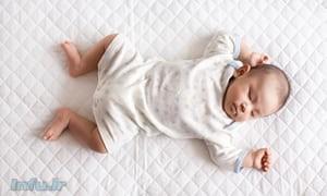 یک نوزاد دختر. تحقیقات نشان میدهد که دختری که در سال ۲۰۳۰ در کره جنوبی متولد شود، به احتمال ۵۷ درصد بیش از ۹۰ سال عمرخواهد کرد.