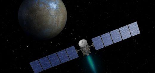 طرحی از کاوشگر بامداد در مسیر ملاقات با سرس. دنباله سبزرنگ انتهای کاوشگر، اشاره به گاز برانگیخته خروجی از موتور یونی این کاوشگر دارد.