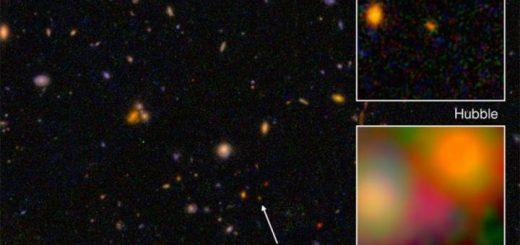 کهکشانی که هماینک اختصاراً EGYS8p7 نامیده میشود، رکورد دورترین کهکشان یافتشده تاکنون، با فاصله ۱۳ میلیارد و ۲۰۰ میلیون سال نوری از ما را داراست. در این تصویر، نمای نور مرئی این کهکشان (مربع بالا، از دید تلسکوپ فضایی هابل)، و مادون قرمز آن (از تلسکوپ فضایی اسپیتزر) مشاهده میشود.