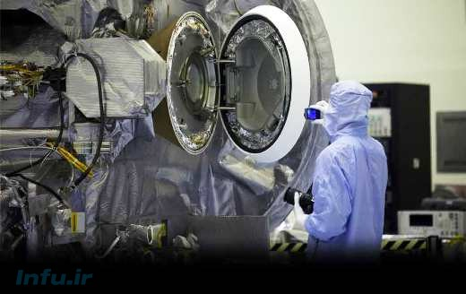 تست درب محفظه ویژه حمل نمونههای سطح سیارک بنو، که پس از اتمام عملیات نمونهبرداری، نمونهها به آن منتقل میشوند. این کپسول، در جریان گذر سیارک از کنار زمین، روانه جو زمین خواهد شد.