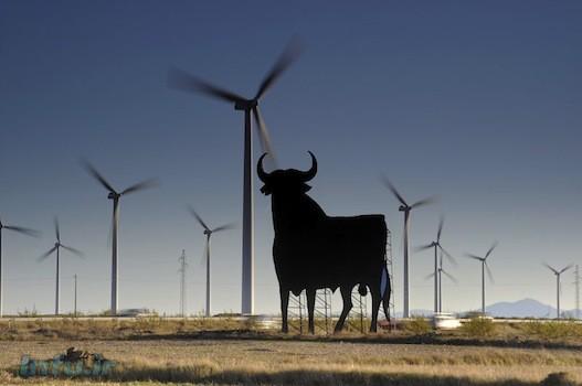 اسپانیا نیز سرمایهگذاری عظیمی در انرژی بادی کرده است