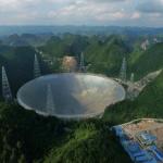 دورنمایی از رادیوتلسکوپ ۵۰۰-متری FAST، واقع در رشتهکوه دائودانگ چین / آسیانیوز