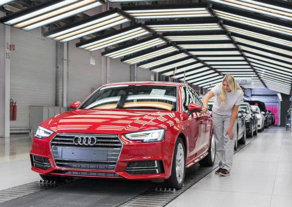 Audi-Production-Line