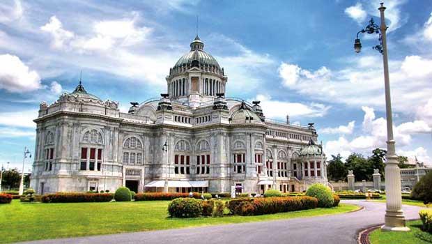 دیدنیهای تور بانکوک,کاخ دوسیت