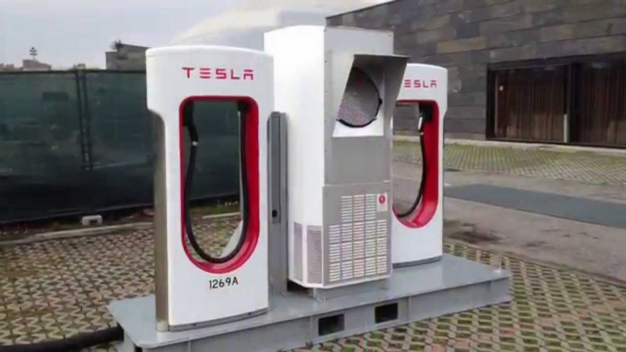 1488217605-Tesla,-Inc.-(TSLA)-Charging-Station