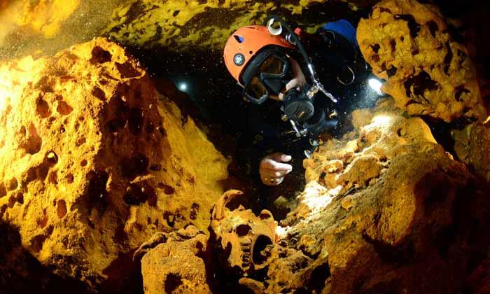 کشف بزرگترین غار غرق شده جهان در مکزیک