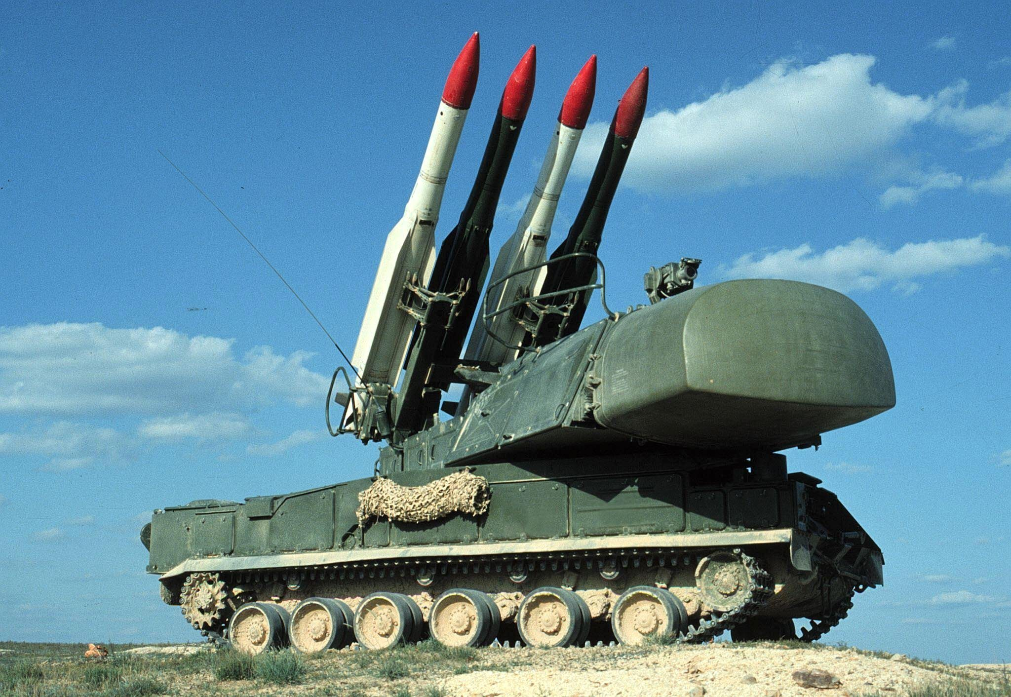 MOS01-19990108-VOLGOGRAD REGION, RUSSIAN FEDERATION: A undated picture of a Russian short-range anti-aircraft missile system TOR-M1. Cyprus is considering buying the TOR-M1 systems from Russia after scrapping plans to deploy longer-range ground-to-air S-300 missiles which Turkey had threatened to destroy, the daily Sevodnya reported 06 January 1999. EPA-PHOTO/EPA/FILES/str./sc/fob/ow