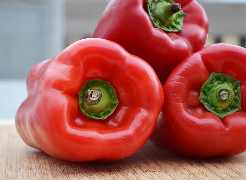 رژیم غذایی شکم شش تکه,غذاهای چربی سوز سریع,red-bell-peppers فلفل دلمه ای