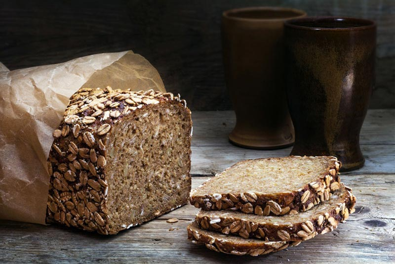 رژیم غذایی شکم شش تکه,غذاهای چربی سوز سریع,نان تهیه شده از ارد سبوس دار