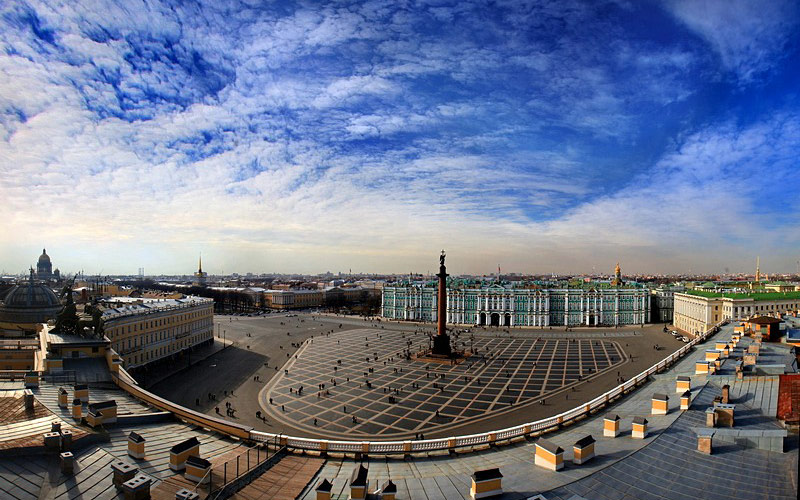 میدان کاخ (Palace Square) – سن پترزبورگ
