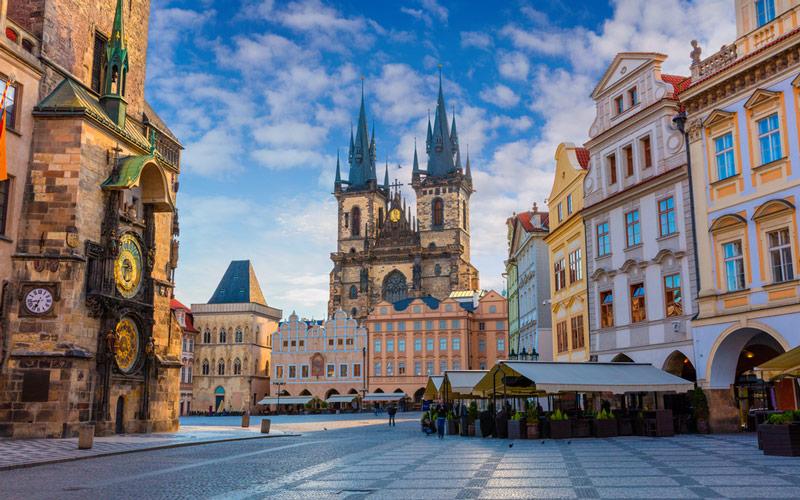 میدان قدیمی شهر (Old Town Square) - پراگ