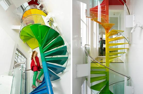 رنگ آمیزی پله ها با هارمونی رنگها