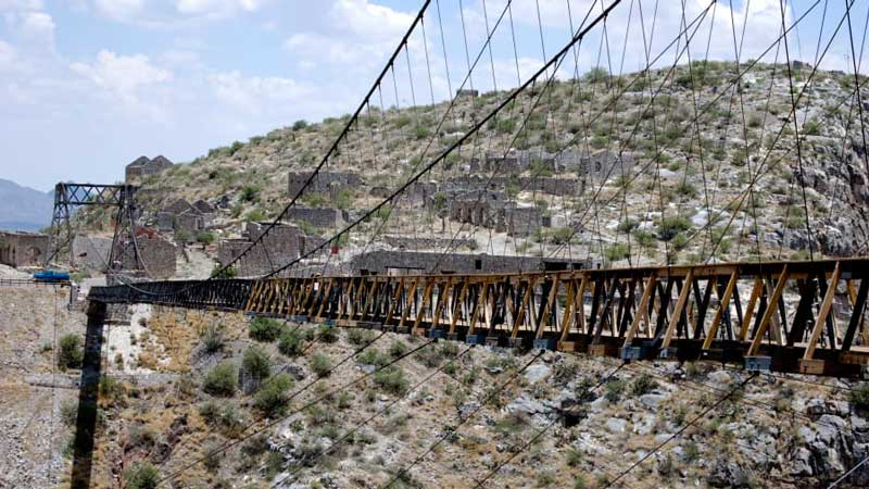 ترسناک ترین پل های معلق جهان