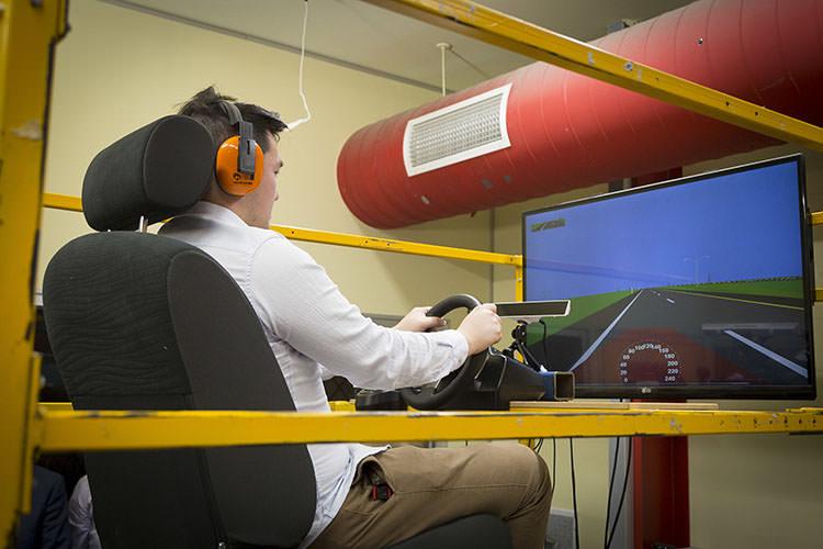 ارتعاشات خودرو به خواب آلودگی راننده کمک می کند