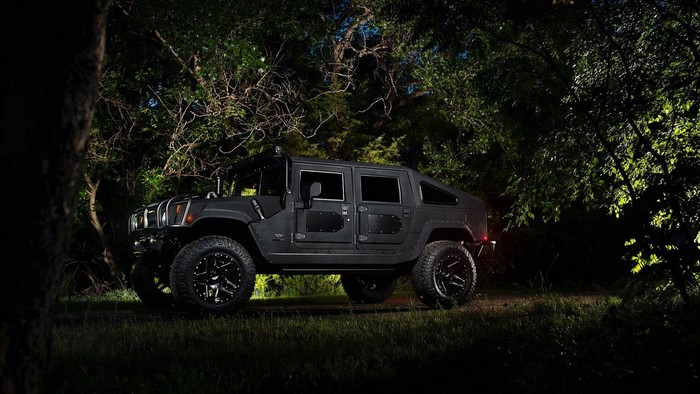 Hummer H1 Launch Edition