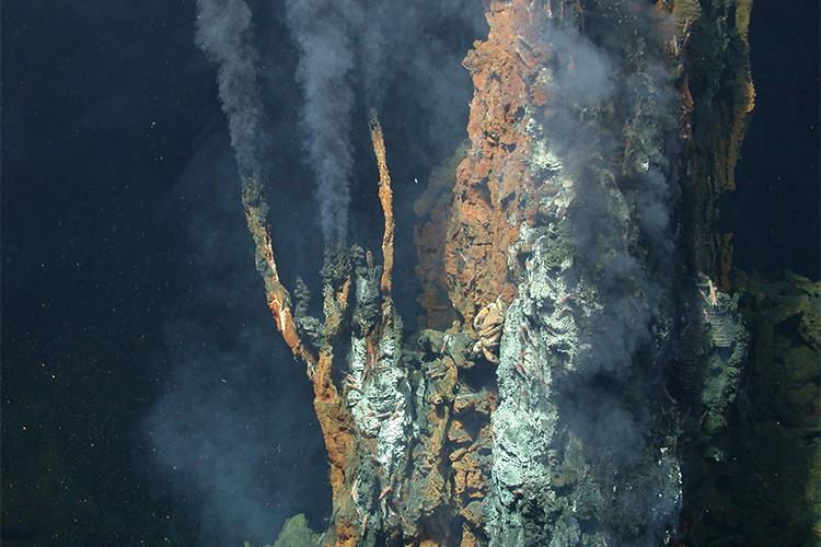 مجرای گرمابی کف اقیانوس